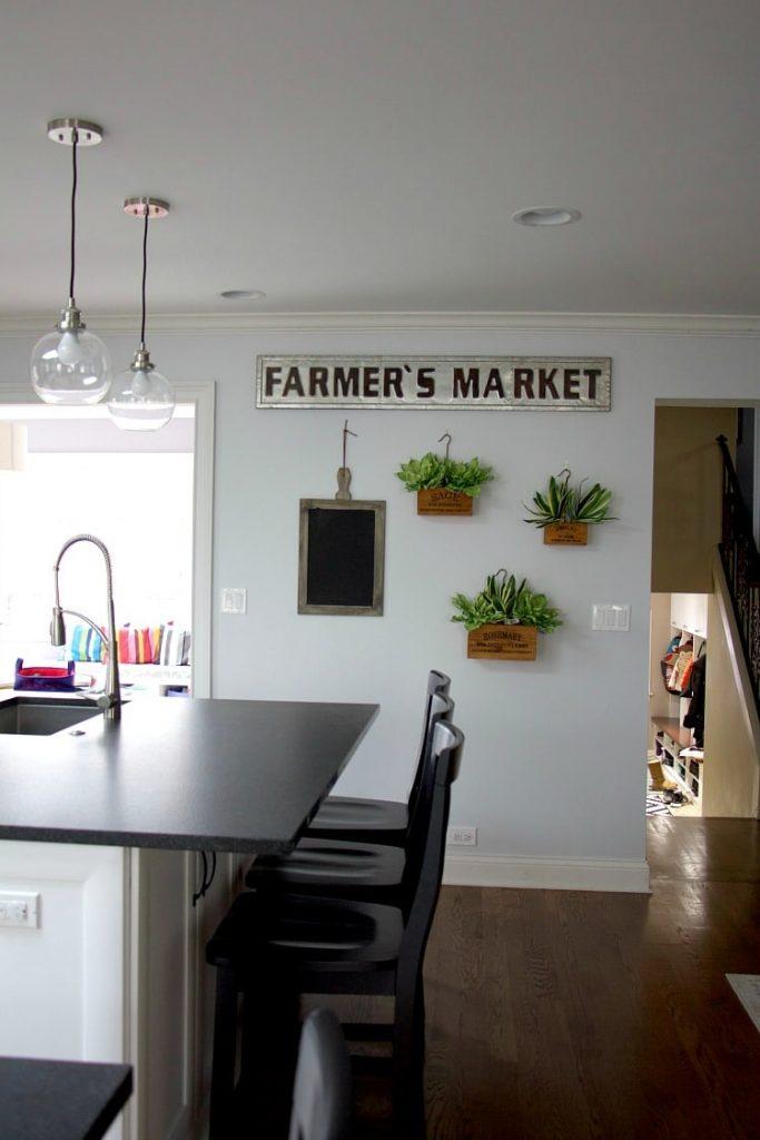 farmhouse style kitchen